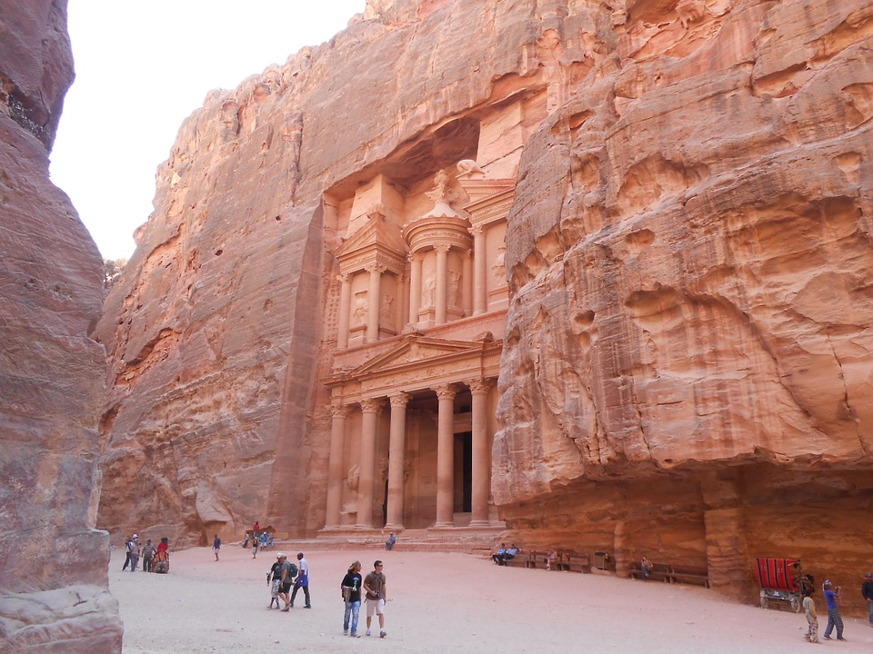 Turisti a Petra