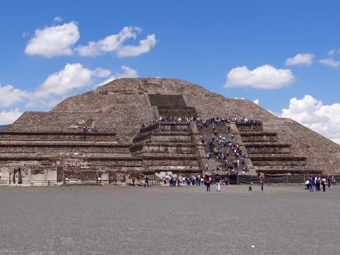 Piramide del Sole a Teotihuacan