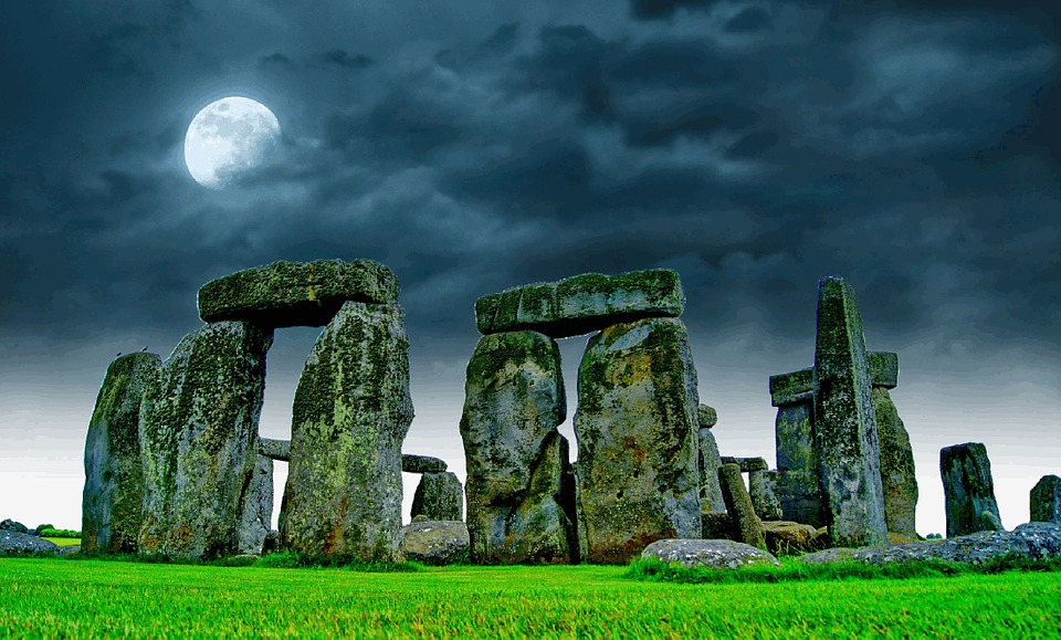 Stonehenge come un gigantesco altare?
