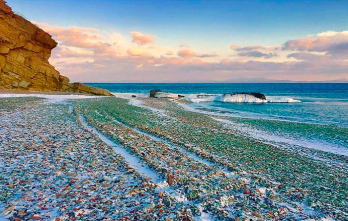 La spiaggia di vetro - Foto di Anna Pozharskaya