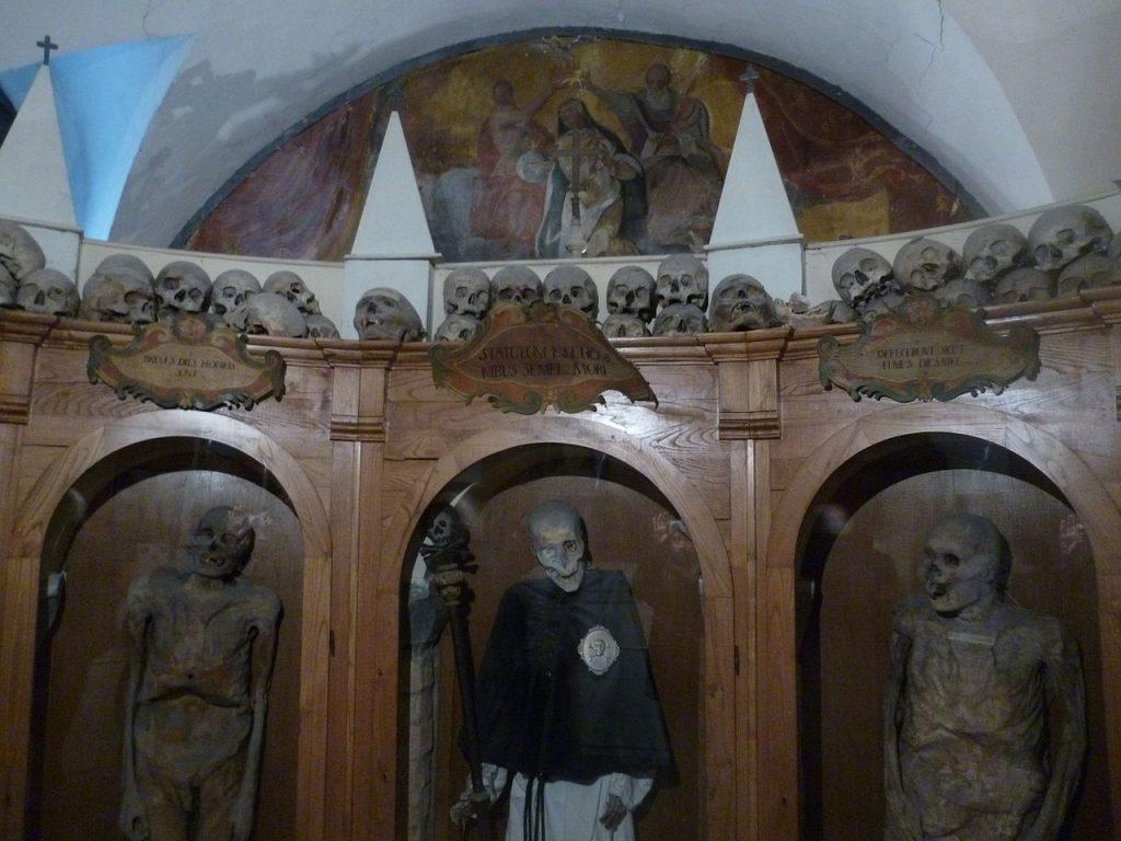 Cimitero delle mummie di Urbania