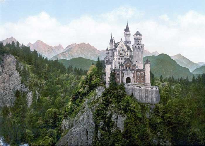 Neuschwanstein visto di fronte